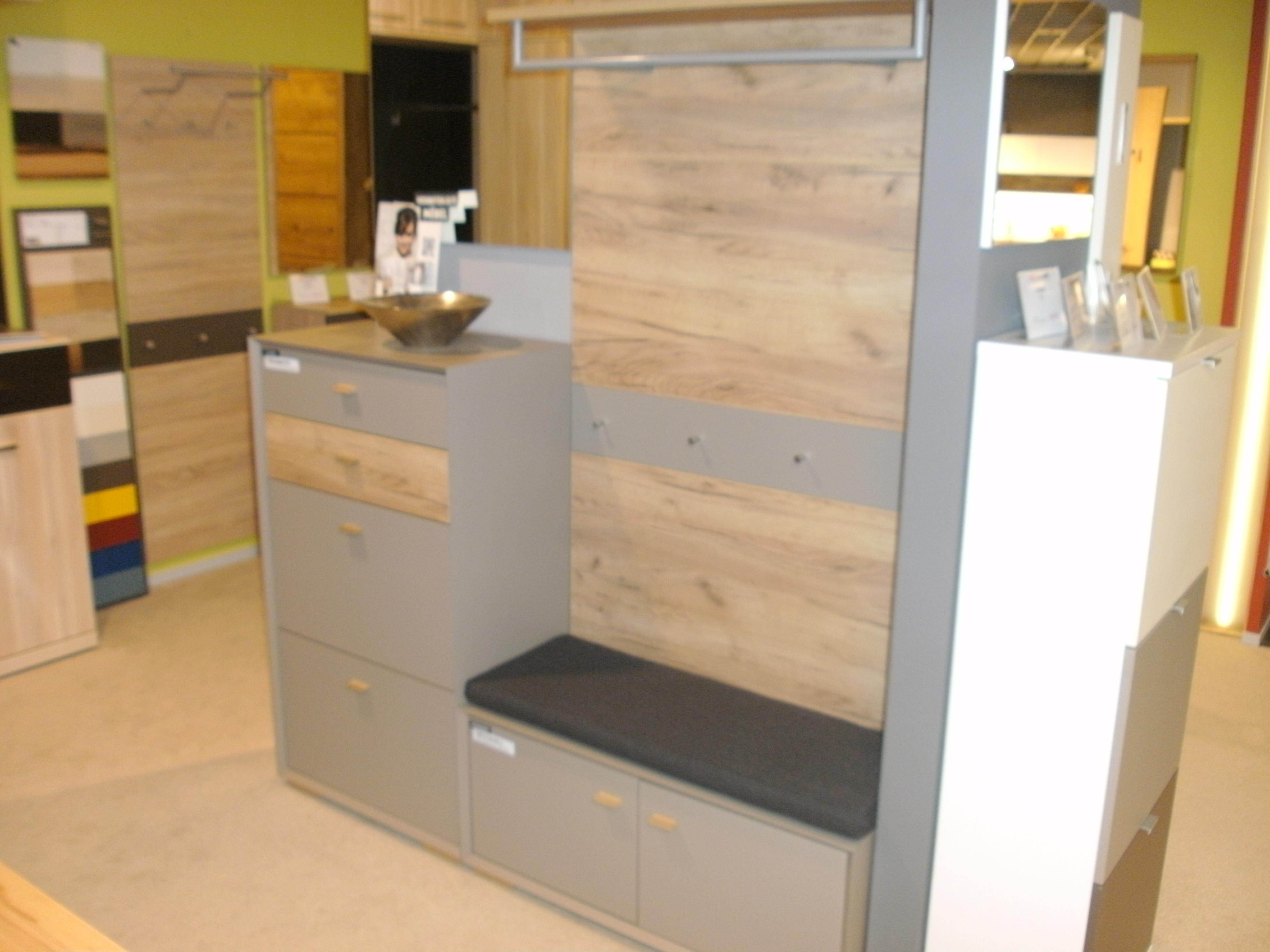 mein ausstellungsst ck garderobe calvi. Black Bedroom Furniture Sets. Home Design Ideas
